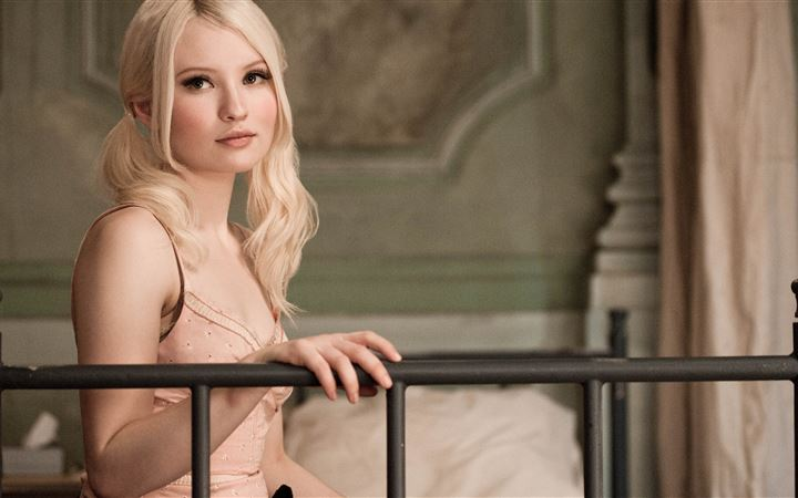 emily browning 5k 2019 All Mac wallpaper