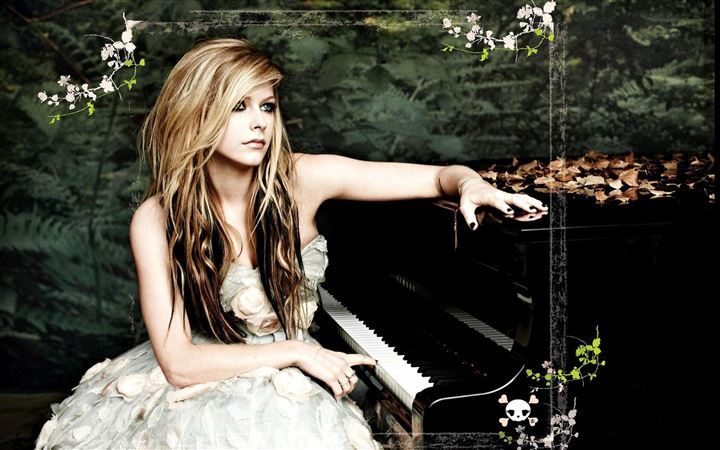 Avril Piano Singer Music Female All Mac wallpaper
