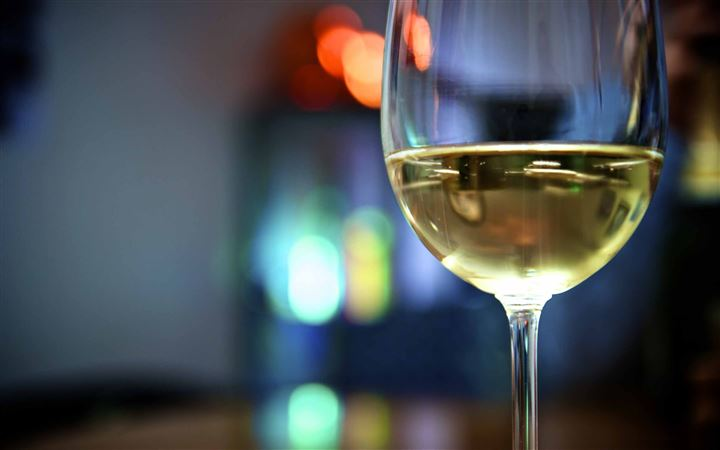 Having A Glass Of Wine All Mac wallpaper