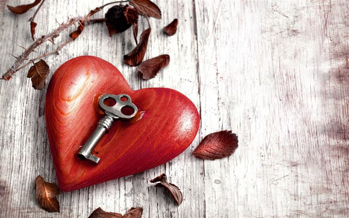 Heart and key All Mac wallpaper