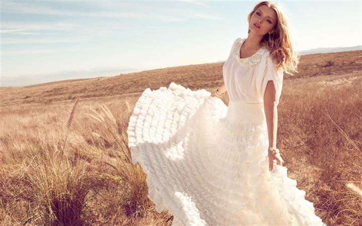 Lily Donaldson In White Dress All Mac wallpaper
