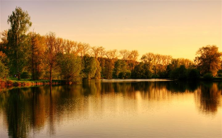 Park Lake Autumn MacBook Air wallpaper