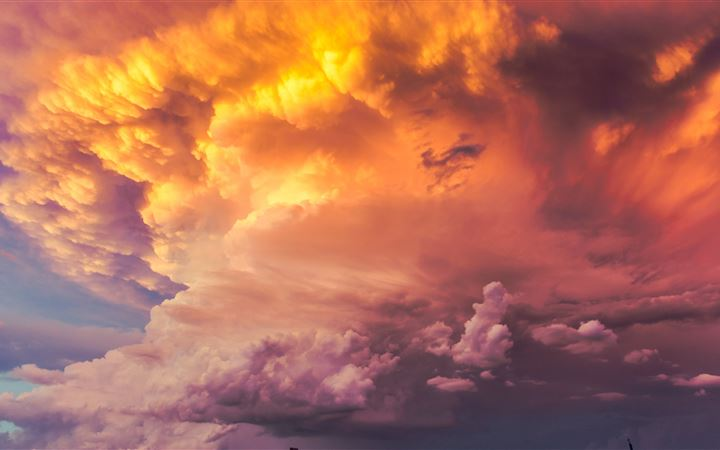 Skies ablaze on the high ... All Mac wallpaper
