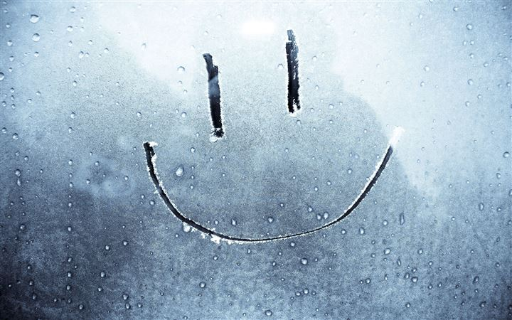 Smiley Face On A Frozen Window All Mac wallpaper