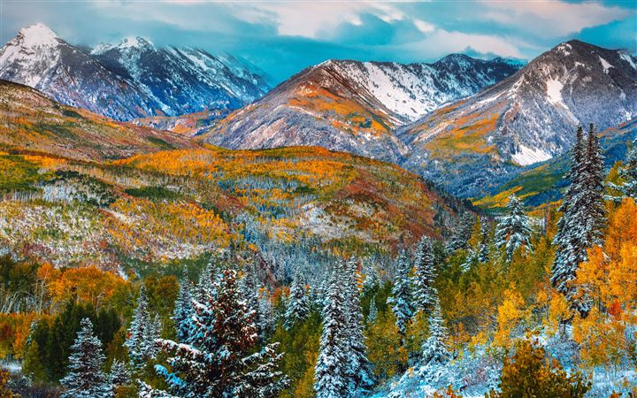 Snow mountain of autumn All Mac wallpaper