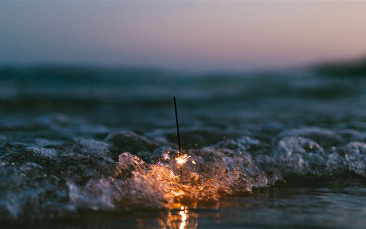 Sparkles on the Shore All Mac wallpaper
