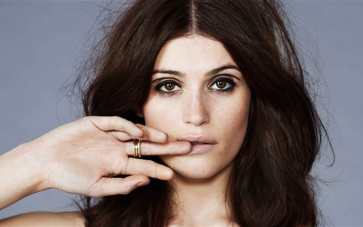 gemma arterton 5k MacBook Air wallpaper