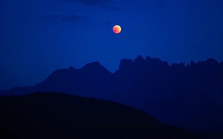 lunar eclipse with silhouette mountain All Mac wallpaper