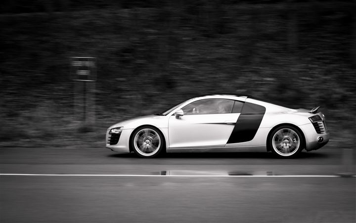 Audi R8 At Speed MacBook Pro wallpaper