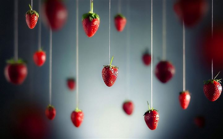 Strawberries Art MacBook Pro wallpaper