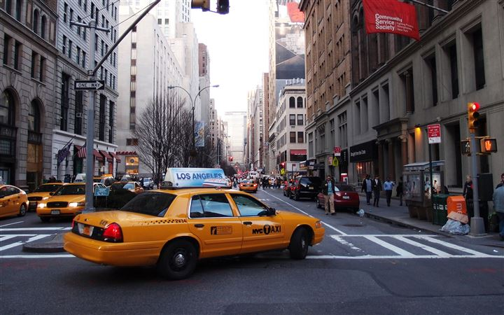 Taxi Street New York United States MacBook Pro wallpaper