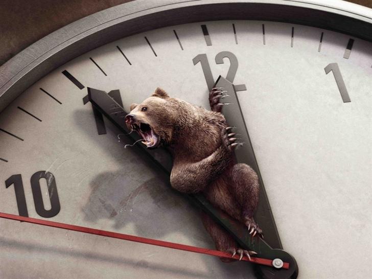 Bear And Clock Mac Wallpaper