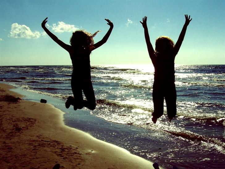 Jumping For Joy Mac Wallpaper