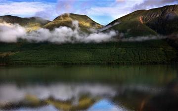 Stream Of Clouds Mac wallpaper