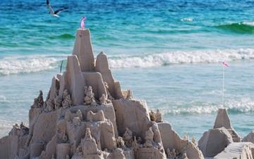 Sandcastles On The Beach Mac wallpaper