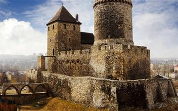 Bedzin Castle Poland Mac wallpaper