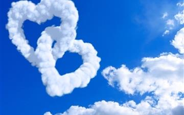 Hearts In Clouds Mac wallpaper