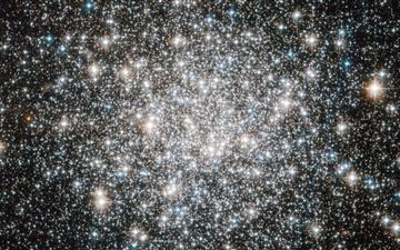 A Ten Billion Year Stellar Dance Mac wallpaper