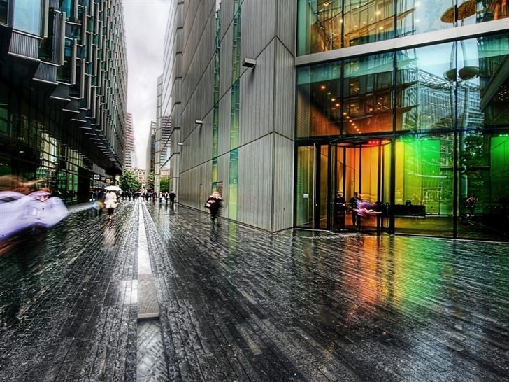 London Street Rainy Weather Mac Wallpaper