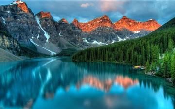Moraine Lake And The Valley All Mac wallpaper
