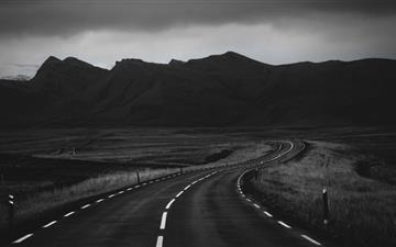 Road In Black And White All Mac wallpaper