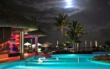 Swimming Pool Resort Mac wallpaper