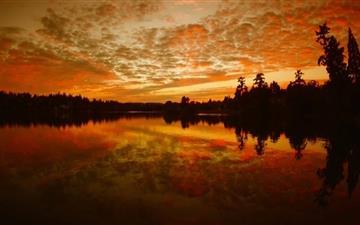 Fire Lake Mac wallpaper