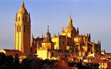 Segovia Cathedral Mac wallpaper