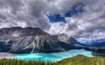 View Of The Peyto Glacier Mac wallpaper