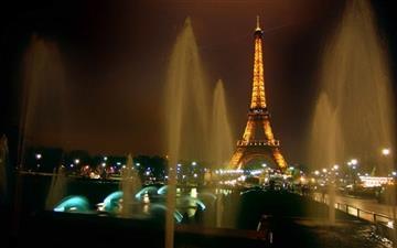 Fountains And Eiffel Tower Mac wallpaper