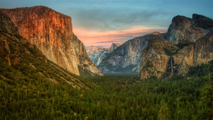 Yosemite Valley View Mac Wallpaper