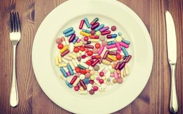 Pills Dinner All Mac wallpaper