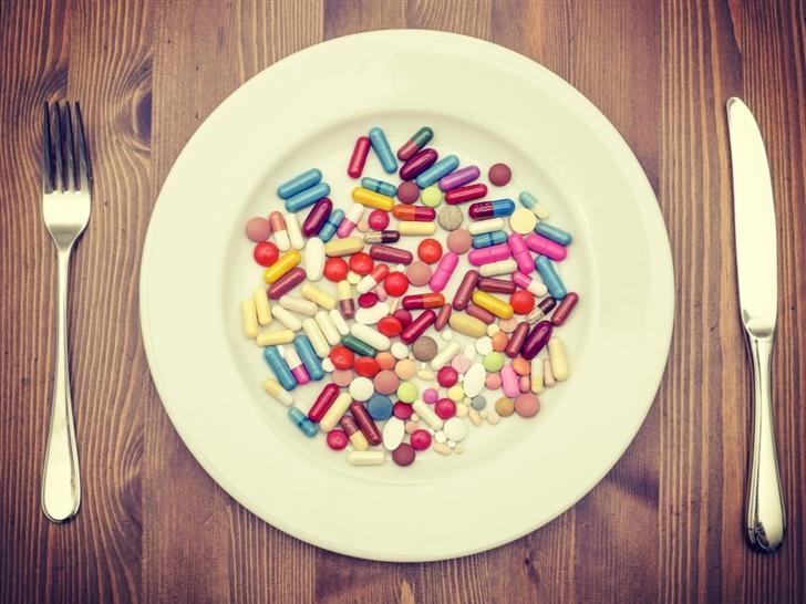 Pills Dinner Mac Wallpaper