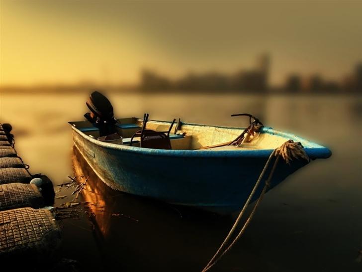 Boat At The Pier Mac Wallpaper