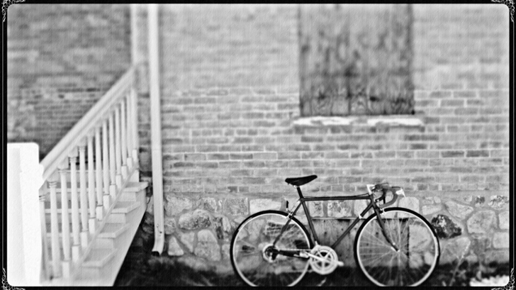 Bicycle Black White Mac Wallpaper
