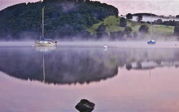 Morning Lake Mist Mac wallpaper