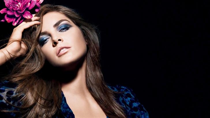 Blue Dress Girl Mac Wallpaper