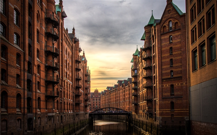 Hamburg Speicherstadt Mac Wallpaper