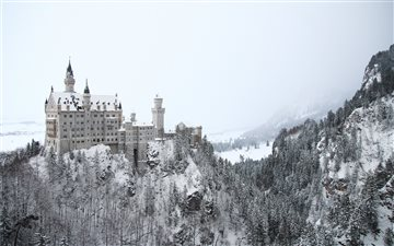 Neuschwanstein in the mid... Mac wallpaper