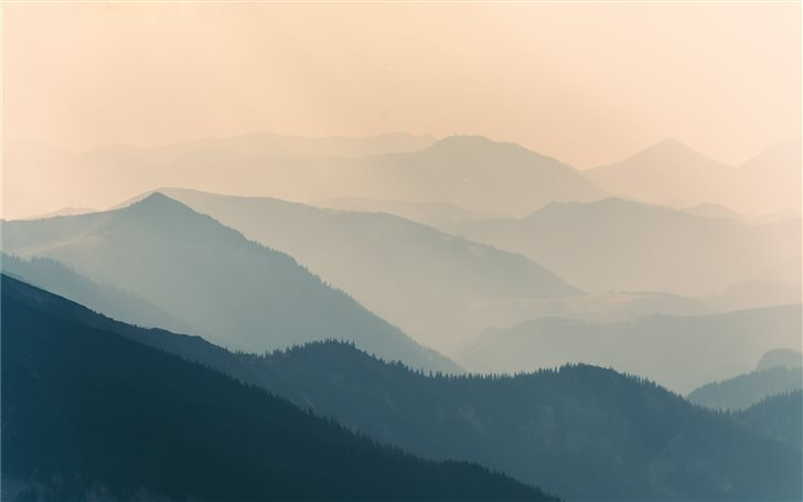 Pale mountain silhouettes Mac Wallpaper