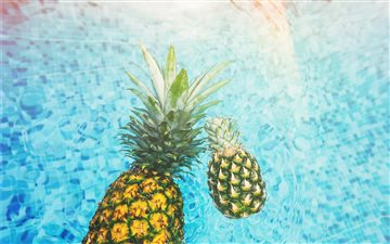 Pineapples in the Pool Mac wallpaper