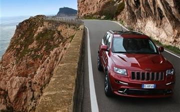 2012 Jeep Grand Cherokee Srt8 Road Mac wallpaper
