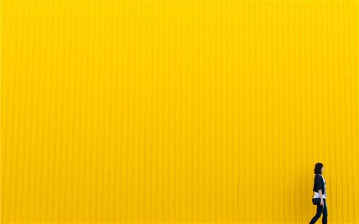Yellow wall Mac Wallpaper