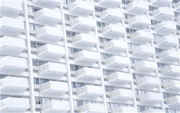 Stern white balconies Mac wallpaper