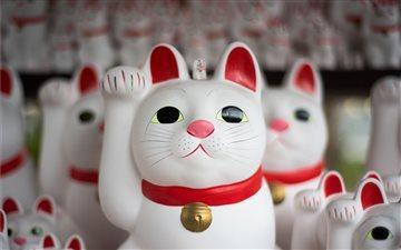 Japanese cat figurines Mac wallpaper