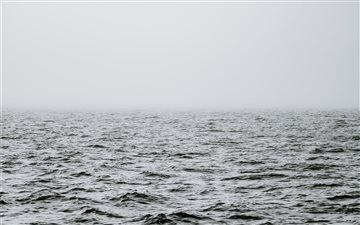 Minimal misty sea Mac wallpaper