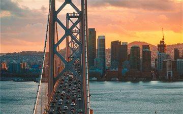 Golden Traffic Mac wallpaper
