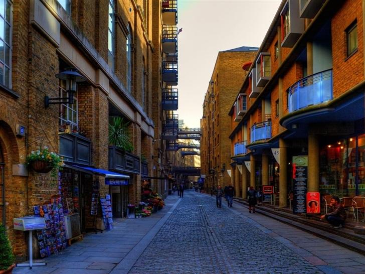 London Streets Mac Wallpaper