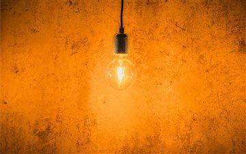 Lightbulb Mac wallpaper