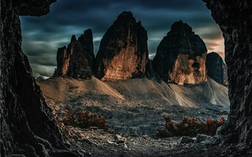 Three peaks of Lavaredo Mac wallpaper